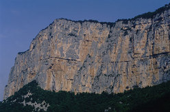 The magnificent Presles rockface.