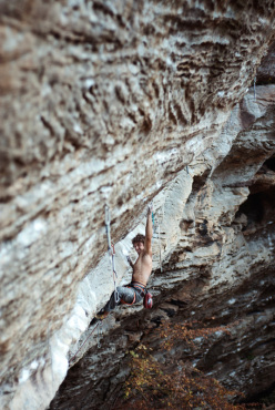 Jacopo Larcher during his onsight of Omaha Beach 8b+, Red River Gorge, USA