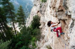 Giovanna Pozzoli climbing at Positano