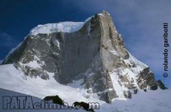 Pillar del Sol Naciente, SE Ridge Cerro Murallón, Patagonia (Lise Billon, François Poncet, Jeremy Stagnetto, Jerome Sullivan, Pedro Diaz 10/2012)