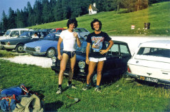 Gigi Dal Pozzo (right) with Sandro Neri at Passo Duran in the Dolomites (1983).