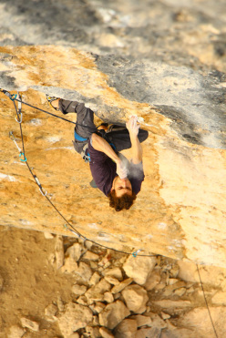 Silvio Reffo sending Joe Blau at 8c+ at Oliana, Spain