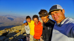 Bisotoon: Marko Prezelj, Manu Pellissier, Sam Beaugey, Luka Lindic and Hesamon the top of Golden Spatula (1000m, 7a)