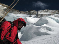 Luca Vuerich during an attempt of Makalu in winter 2008.