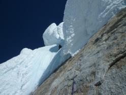 Corrado Pesce in arrampicata sulla Torre Egger, Patagonia