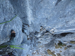 Prima salita invernale e insieme prima solitaria invernale della via Siddharta al Pizzo d'Eghen (Grigne).