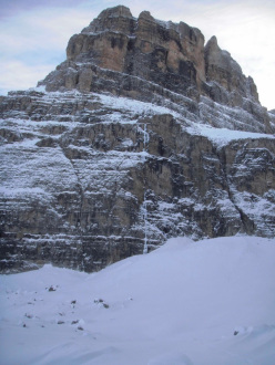 The West Face of Crozzon di Brenta and Via Valeria (Gianni Canale & Aldo Mazzotti, 6-7/01/2013)