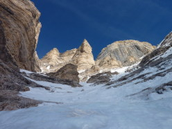 Psyco Killer, Tofana di Rozes, Dolomites (IV+, WI7-, D5, 225m, 12/01/2013 Beppe Ballico, Andrea Gamberini and Marco Milanese)