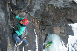 Ines Papert during the first ascent of Finnmannen (M9+ WI7, 400m) together with Bent Vidar Eilertsen on the island of Senja, Norway