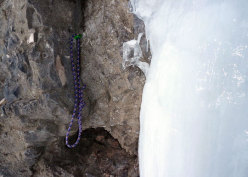 The third belay of Attraverso Travenanzes