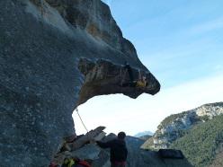 Matteo Gambaro climbing U beccu 8c, Rocca degli Uccelli at Finale, Italy