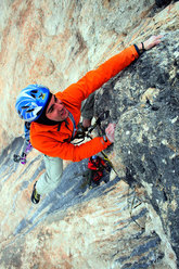 Vint ani do (8a+ 350m), Sella, Dolomites