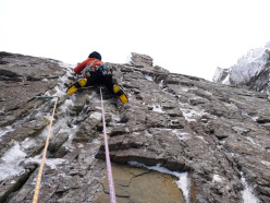 Marcello Sanguineti ascending the Gargoyle Wall Cracks