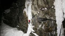 La cascata dove si è svolta la gara di velocità, pretesto per distribuire il ricco e abbondante montepremi...