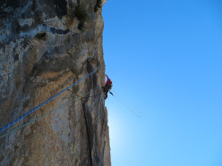 Stefano Salvaterra on the crux section of pitch 4