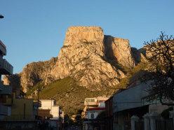 Monte S. Margherita, a sx lo spigolo del Canto del gallo