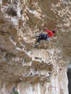 Max Flaccavento climbing Esimio collega 7c