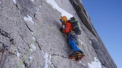 Dal 12  - 14 aprile 2013 gli alpinisti Dani Arnold e David Lama hanno aperto la via Bird of Prey (1500m, 6a, M7+, 90°, A2) sul Moose's Tooth, Alaska.
