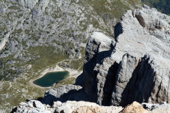 Colonne d'Ercole (1200m, max IX, obl. VIII+), Punta Tissi, Civetta, Dolomites, established by Alessandro Baù, Alessandro Beber and Nicola Tondini.