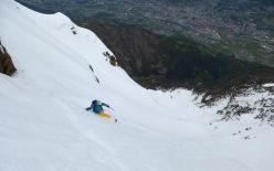 31/05/2013: Davide Capozzi and Julien Herry during the first known descent of the North Face of Becca di Nona (3142m) above Aosta.