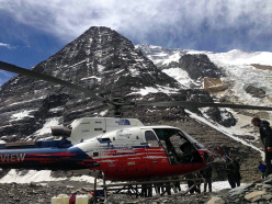 Rescue operation on Dhaulagiri