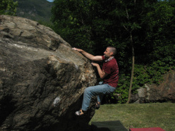 Bouldering at Quincinetto