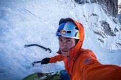 14/05/2013: David Lama soloing Mittelpfeiler (800m, M5), Sagwand, Austria.