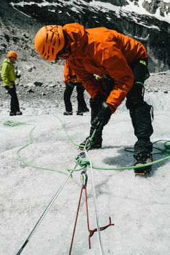 Arc'teryx Alpine Arc'ademy 2013