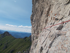 On the third traverse of the Bonatti route on Costanza