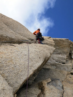 Tooth Traverse: on the aid-pitch of