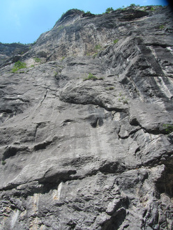 Via del Guerriero, Gola del Limarò: the starting slabs