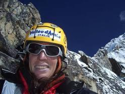 Anna Torretta sulla cresta del Ama Dablam, Khumbu, Nepal, Himalaya