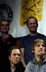 sopra: Boris Lorencic e Marko Prezelj, sotto: Steve House e Vince Anderson (Piolet d'Or 2005 e membri della Giuria Piolet d'or 2006)