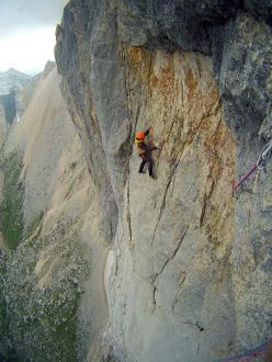 Rolando Larcher climbing Attraverso il Pesce (Marmolada, Dolomites)