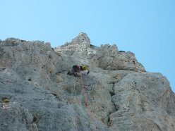 Daniele Natali placing a bolt on pitch 6