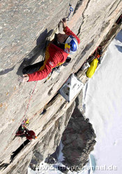 Stefan Glowacz and Robert Jasper climbing
