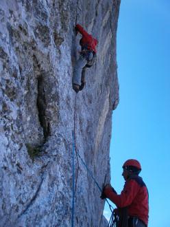 Via Cooperativa del Foro, Creta Forata, Alpi Carniche (6b (6a obblig), 170m Emiliano Zorzi, Umberto Iavazzo, Patrick Tomasin e Fabio Bonaldo 2013.)