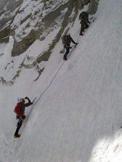 Cordate sulla strettoia della Nord della Tour Ronde (Monte Bianco)