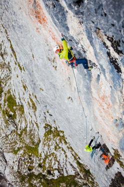 Jacopo Larcher climbing Des Kaisers neue Kleider (240m, 8b+) Wilder Kaiser, Austria.