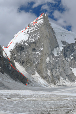Kapura South, with the bivy site at Alam's col