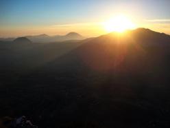 Tramonto sul M. Sirino e sull'Orsomarso (Calabria) a fine via, 28 sett 2013