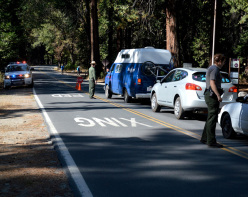 02/10/2013: the Park Rangers close Yosemite National Park following the American Shutdown