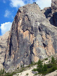 Il Pilastro dove si sviluppa L'Alfa e l'Omega sulla Torre orientale delle Mesules - Dolomiti