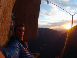 Jorg Verhoeven during his rope solo ascent of Freerider ip El Capitan, Yosemite, USA.