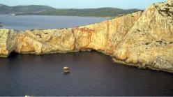 Il tracciato di Starsky & Hutch, la via aperta nel 2001 da Marco Marrosu e Lorenzo Castaldi (Enzolino) a Capo Caccia, Alghero, Sardegna.