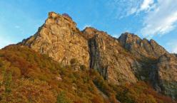 Rocca Sbarua, all'alba.