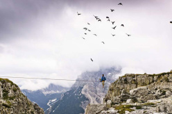 Flying with the birds, Monte Piana Highline Meeting 2013