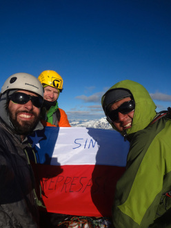 Sergio Infante, Ignacio Vergara and Armando Montero on the summit of Volcán Corcovado on 28/09/2013.