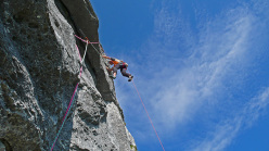 Fisioterapia d'urto, new climb in the Brenta Dolomites by Larcher, Giupponi and Sartori