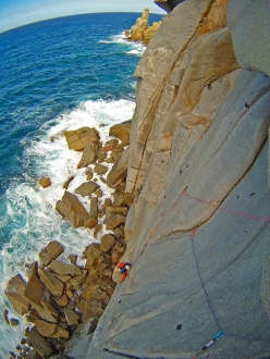 Making the first ascent of Cuorediluna, Capo Pecora.